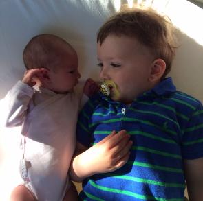 Storebror og lillesøster