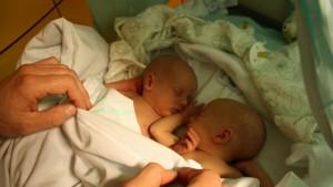 tvillinger 14 dage gamle