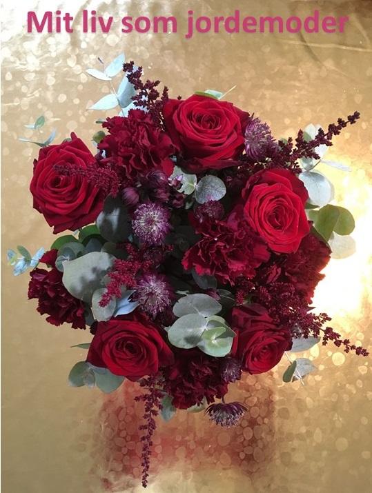 blomster jordemoder Stine Roswall dø