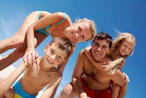 Skru nu ned for sommerferieambitionerne – og undgå skilsmisse!
