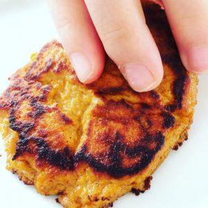 Pandekager med sød kartoffel, frokost, mellemmåltid, BLW, babymad, tumlingemad, sundt