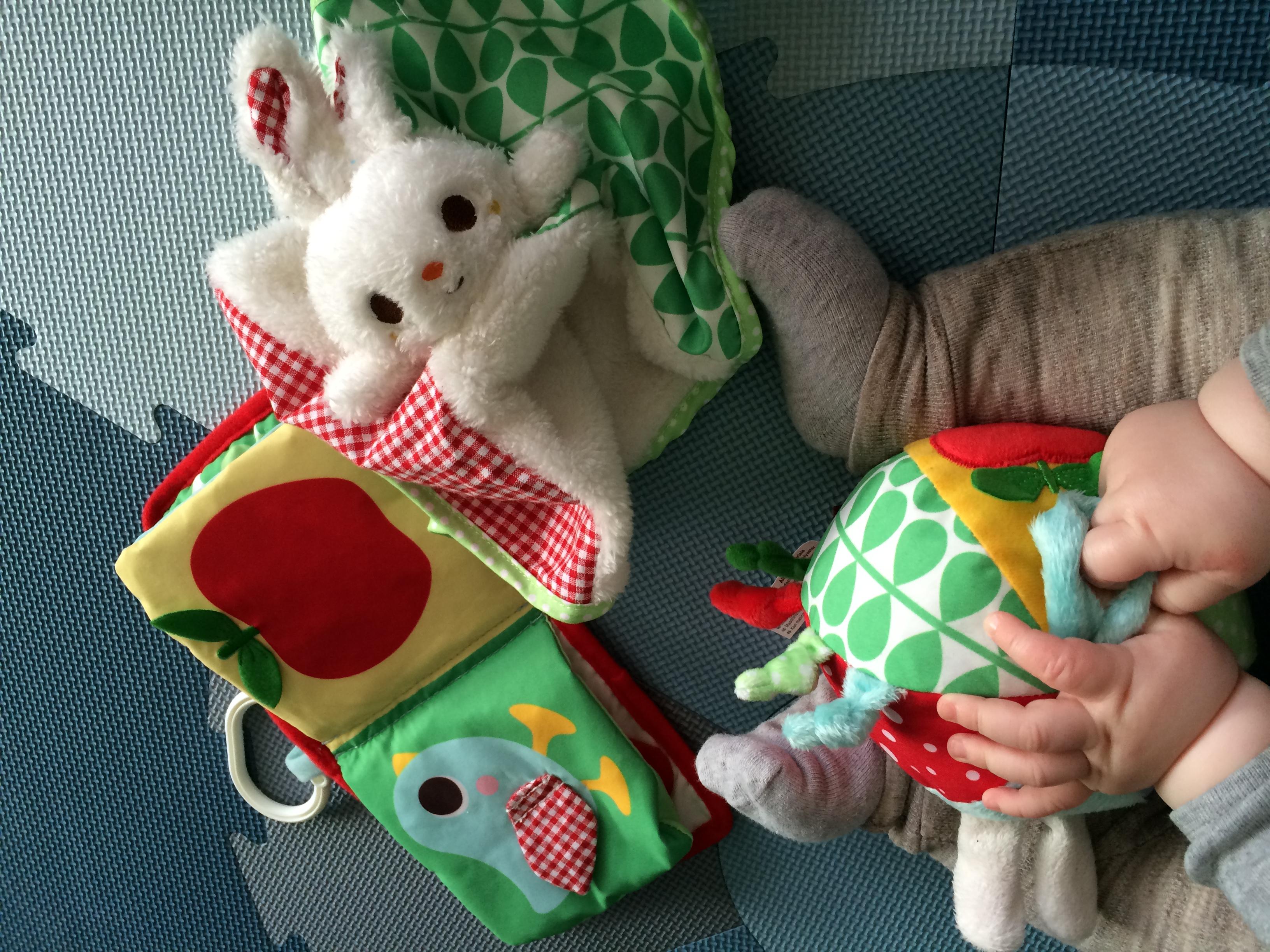 Bold, bog og kaninnusseklud.