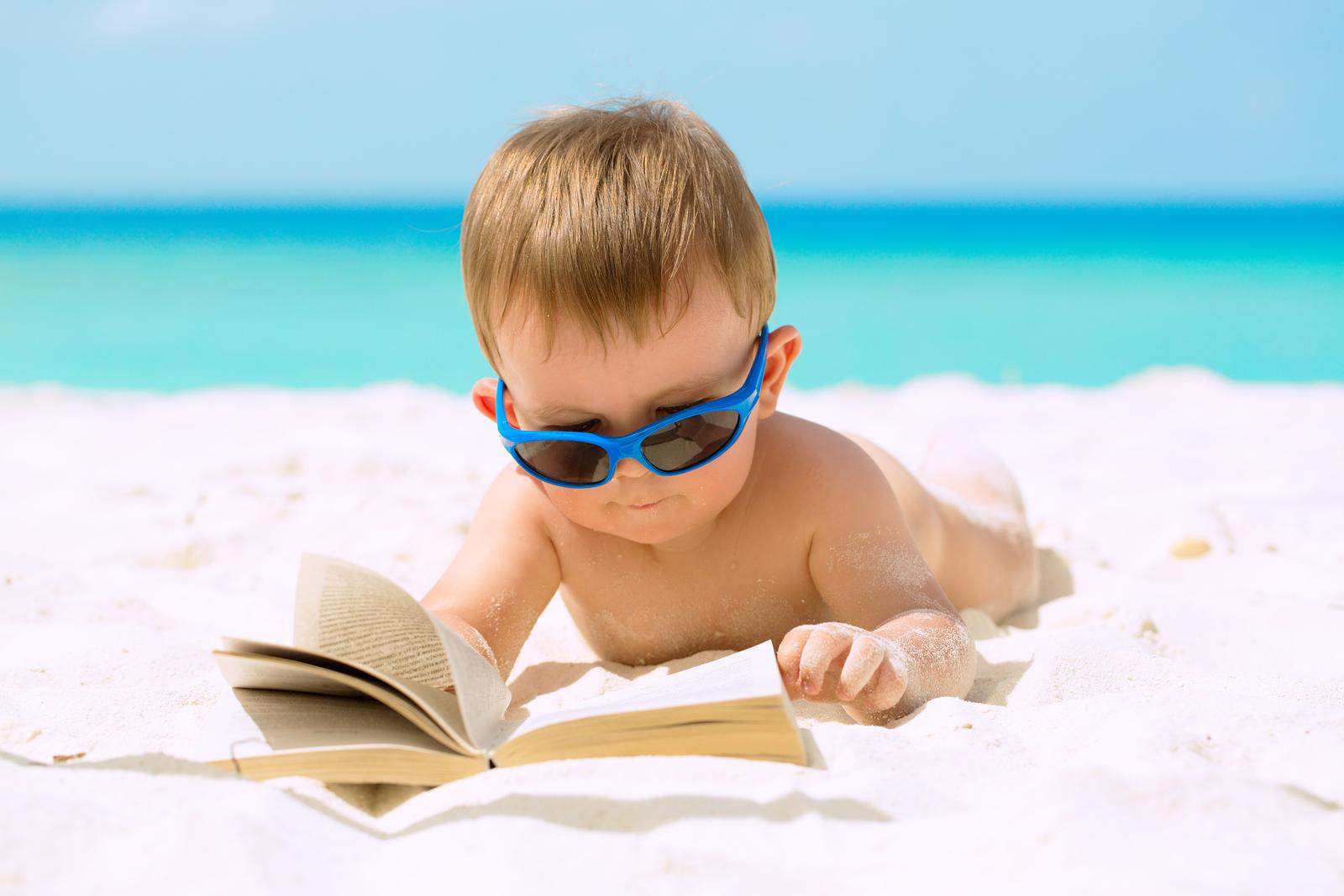 bigstock-Cute-Baby-Boy-On-Vacations-48858281